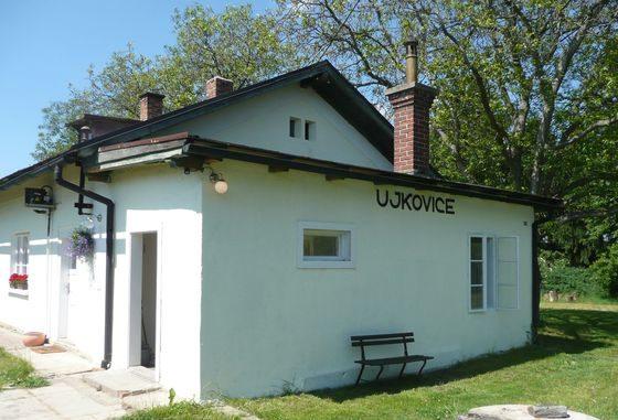 Budova minipivovar Ujkovice